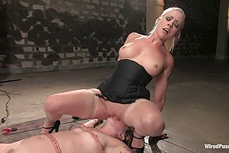 Lorelei Lee and Tina Horn in Wiredpussy Video