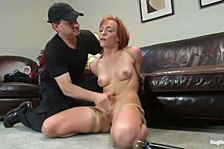 Amateur Casting Couch 21: Renee Broadway, Those Fucking Readheads