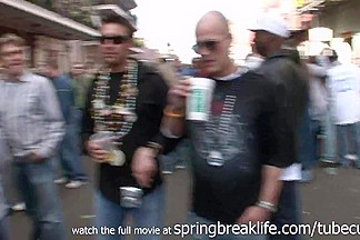 SpringBreakLife Video: Mardi Gras Flashers