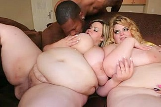Four fat dykes in kinky lesbian fun
