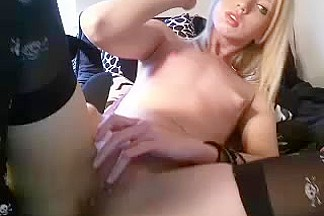 Fingering my hungry muff and agonorgasmos during web camera show