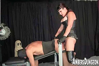 Mastix Lux anal dilling, belt-on and milking of male pig