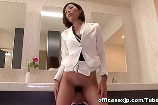 Pussy licking with hot MILF in office suit