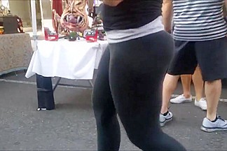The ultimate pawg: perfect ass in spandex
