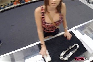 Amateur girl fucked in exchange for a big sliver chain