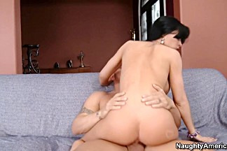 Rebeca Linares & Derrick Pierce in Latina Dultery