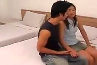 Two Vietnamese Couple Teen Fuck Hard in Hotel
