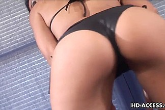 Hawt Vanessa Lane large pecker blow job