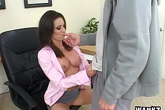 Vanessa Lane Pays For Lunch