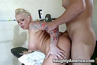 Angel Vain & Will Powers in Naughty Athletics