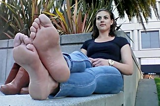 Bare foot   amateur foot model 1
