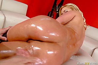 Wet and oiled blonde pornstar Shyla slammed