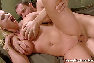 Nicki Hunter & Alec Knight in Naughty Office