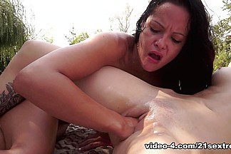 Candy Sweet & Dolly Diore in Fisting Session Summer Special Video