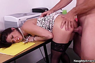 Rachel Roxxx getting dirty with her office mate