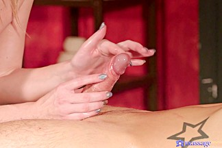 Cristal Caitlin & Jamie Oliver in Hot cum all over blonde's tight ass - MassageRooms