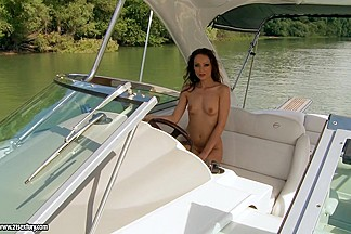 21Sextury Video: Over the cool water