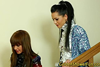 Goldenshower babes fuck