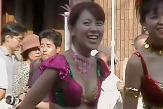 Asian girls are shaking their tits at the city fest dvd DSAM-02