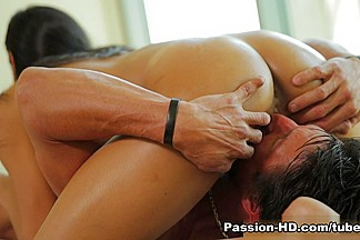 Chloe Amour in Flip Flop Massage - PassionHD Video