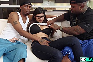 Arab Mia Khalifa Loves Blax