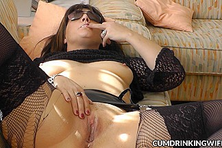 Slutwife multiply creampied by strangers