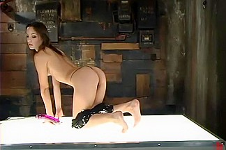 Amber Rayne in Fuckingmachines Video