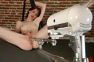 Kendra James in Fuckingmachines Video