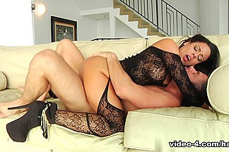 Luna Star & Mick Blue in Luna Star In Latin Asses Video